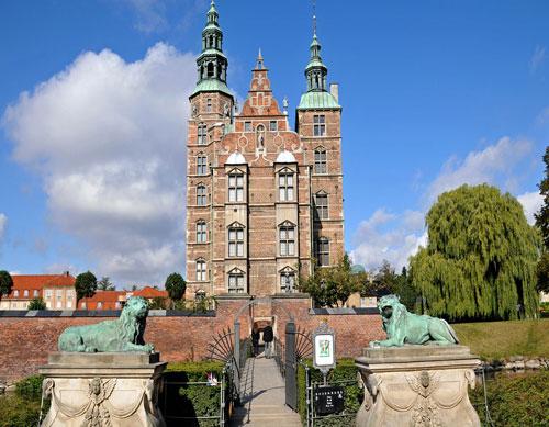 rosenborg-castle.jpg