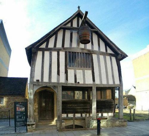 southampton-medieval-house.jpg